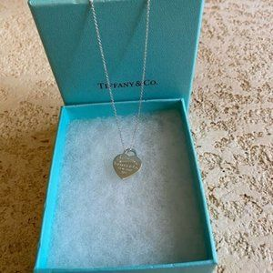 TIFFANY&Co Sterling  Silver 925 Heart Necklace 16""